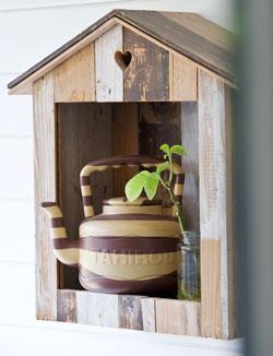 Huisje van sloophout