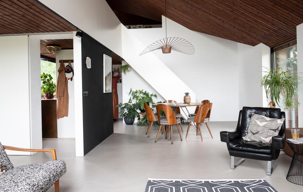 vtwonen 1-2020 | Binnenkijken in een bungalow in Broek in Waterland