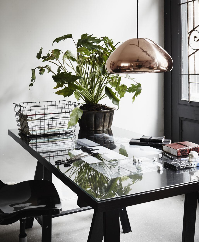 tafel met glasplaat