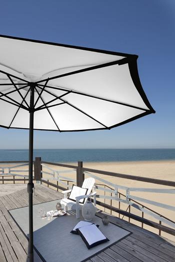 LaDora parasol