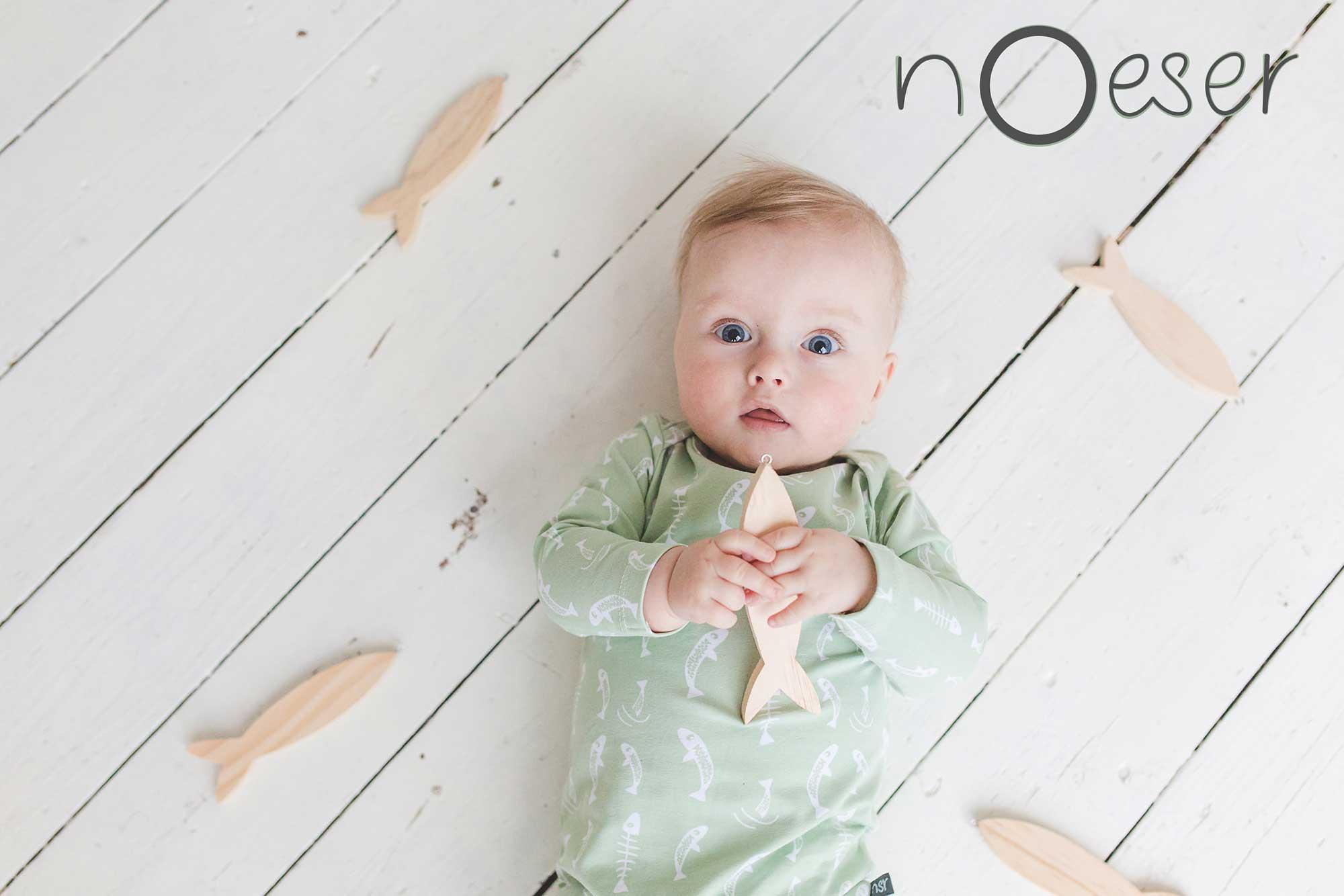 duurzame-kinderkleding-nederland-noeser-fish-print-mint-baby