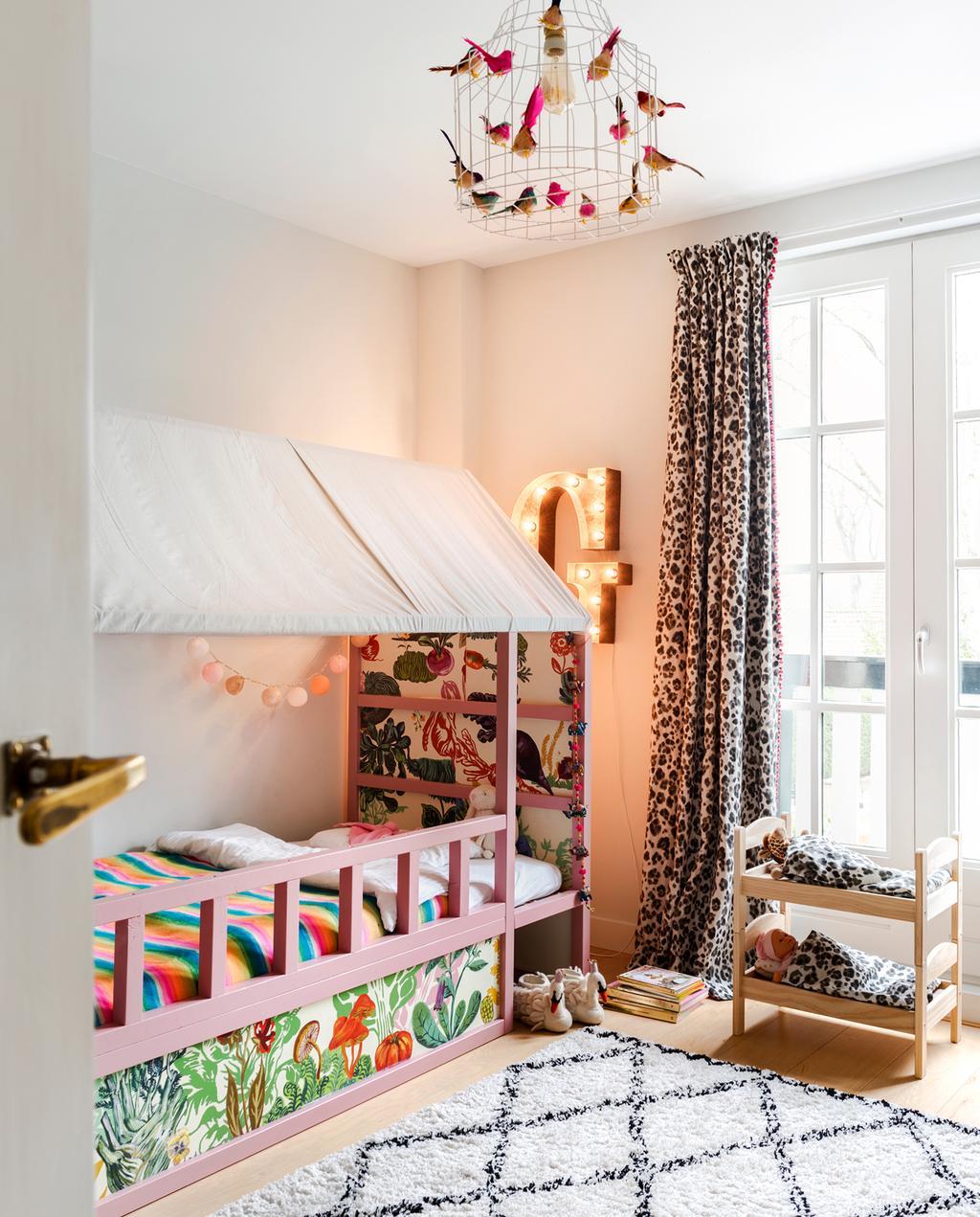 vtwonen binnenkijken special 2019 | binnenkijken in jaren twintig huis in Wassenaar kinderslaapkamer