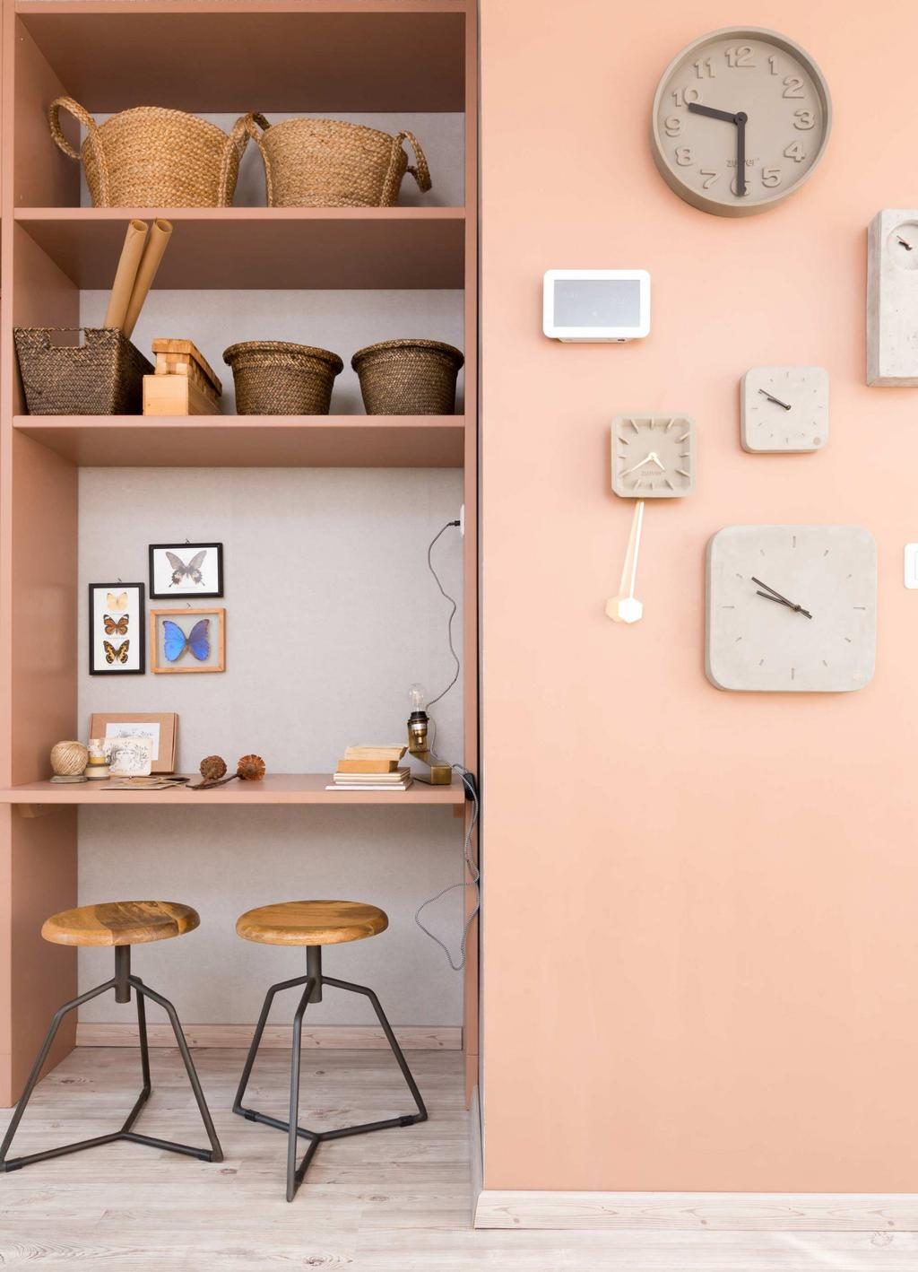 horloges-sur-mur-rose