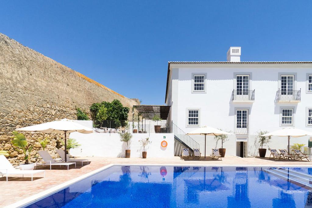 Zwembad van Casa Mae in Portugal