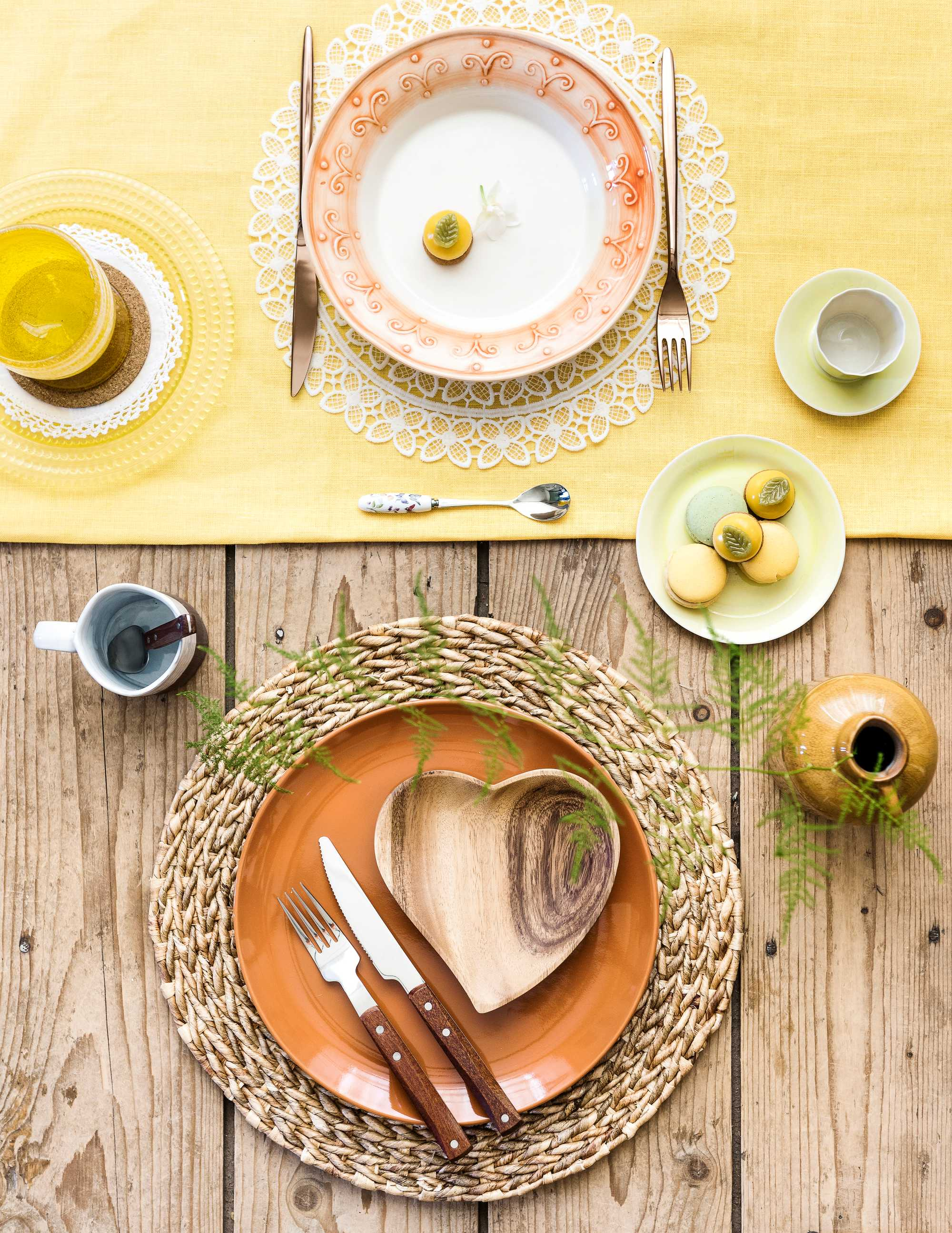 gedekte tafel- zoen van de zon