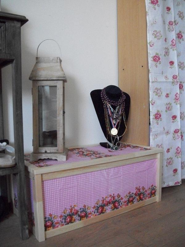 houten kist van ikea