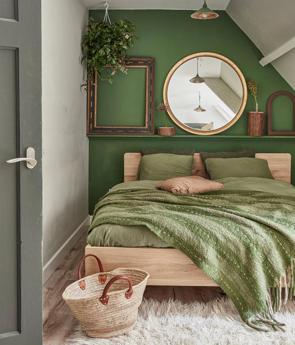 Groene slaapkamer | Idyllisch boshuis
