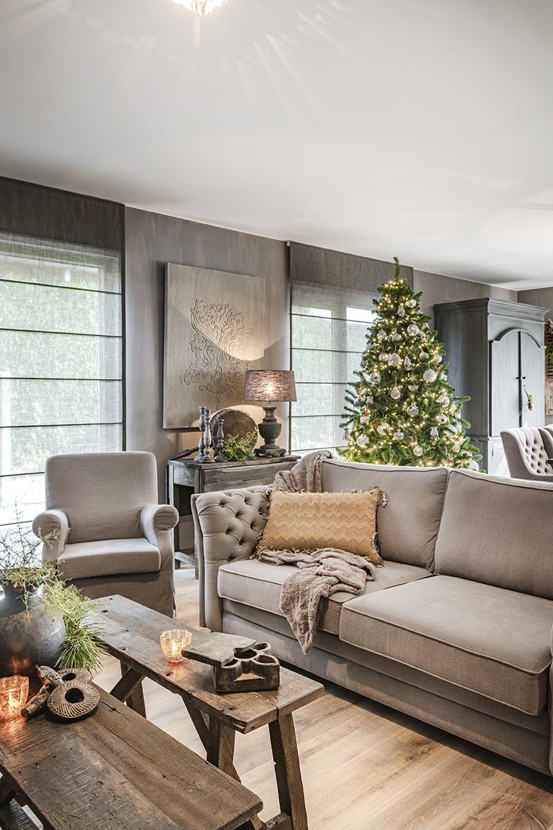 sfeervolle kerst binnenkijken bo & dou 02 kerstboom zithoek