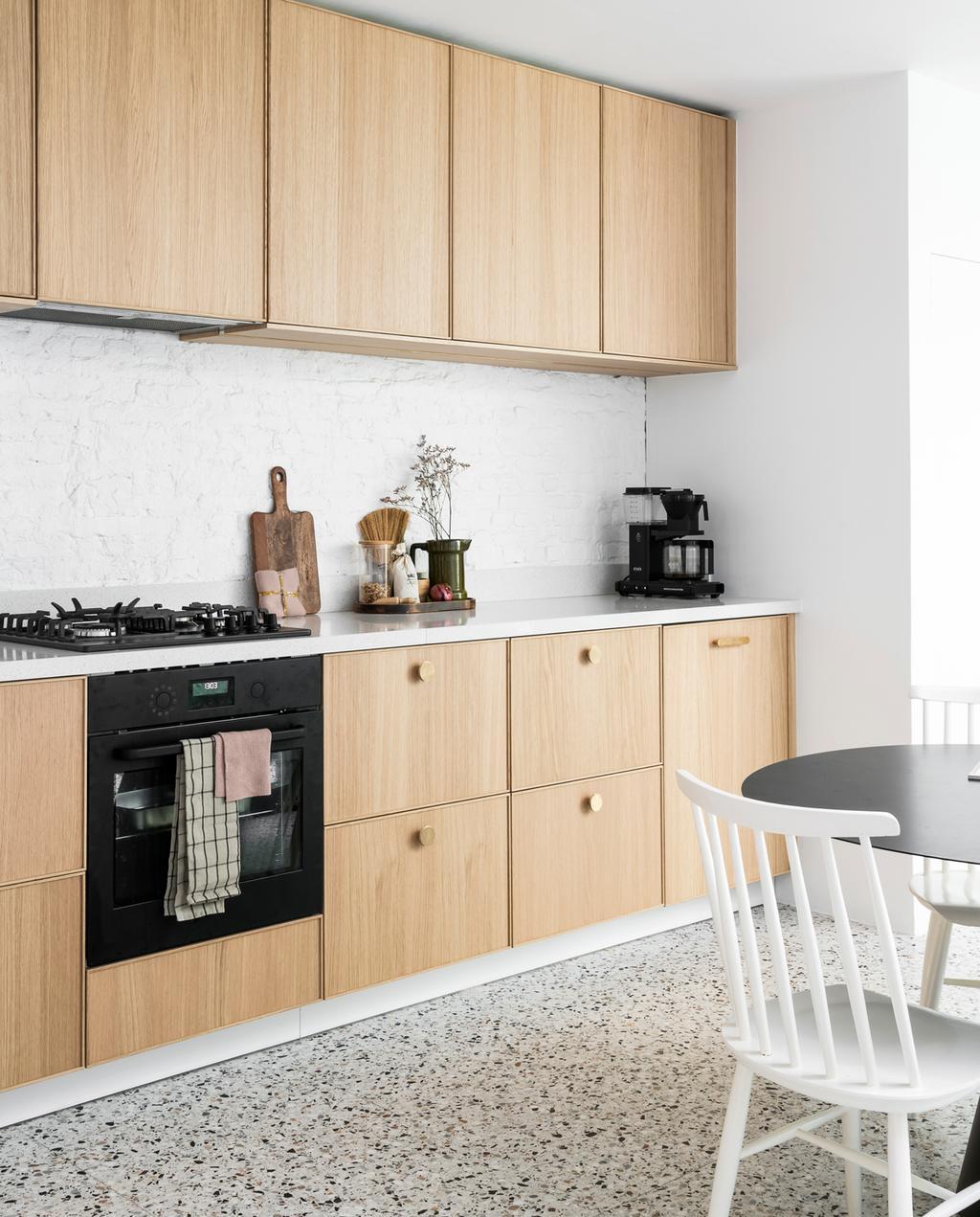 vtwonen 13 | Binnenkijken in een burgerwoning in Antwerpen keuken