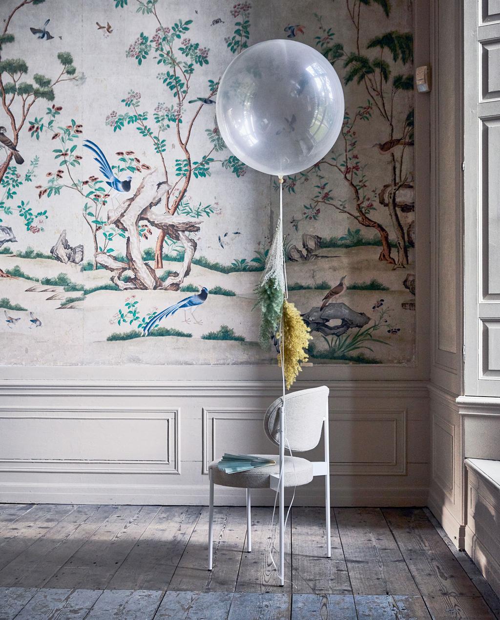 vtwonen | 55 jaar jubileum ballon aan stoel
