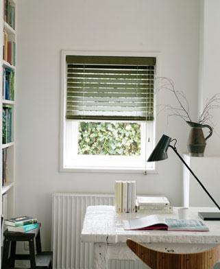 hout groen raamdecoratie