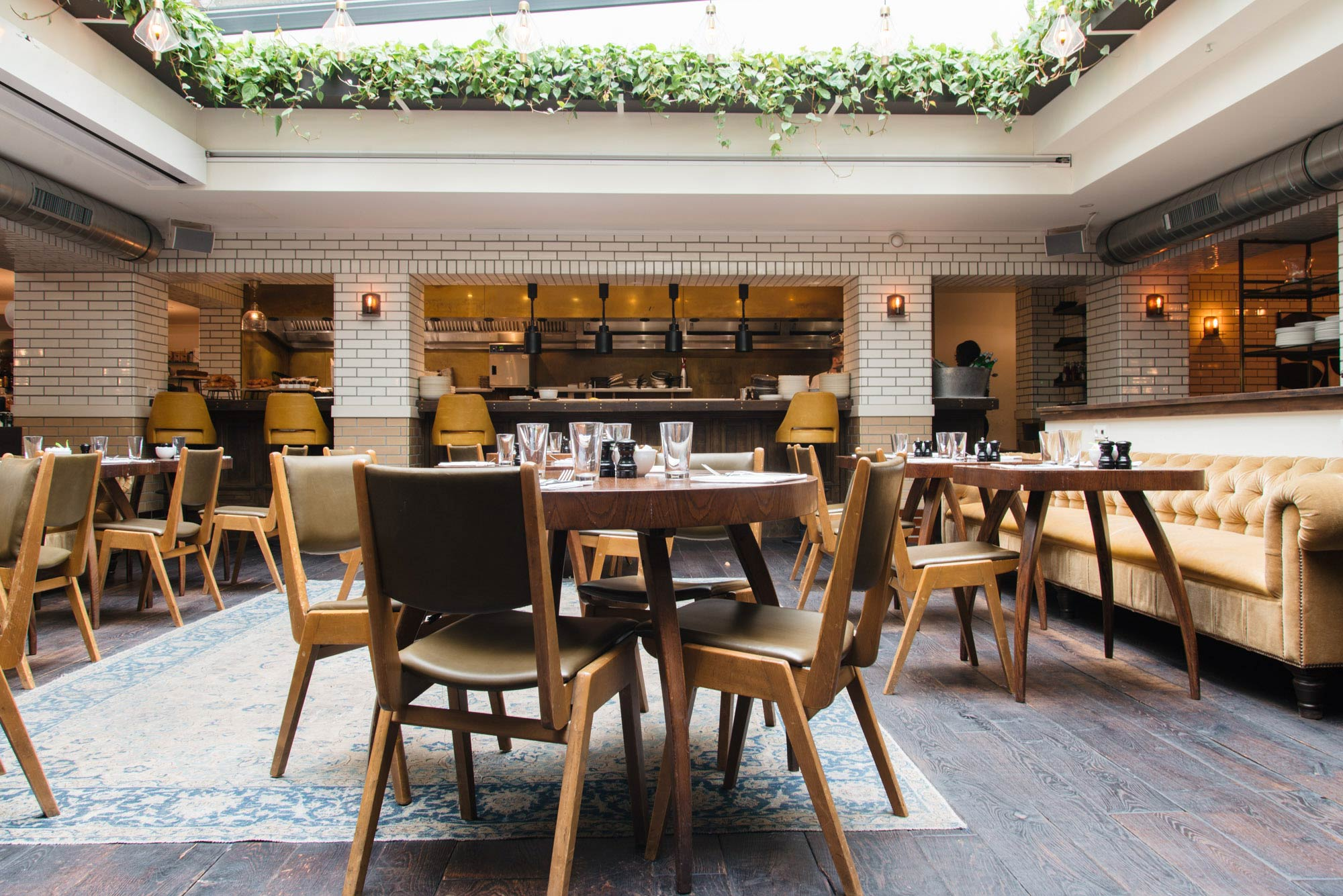 Restaurant Lotti's in hotel The Hoxton in Amsterdam