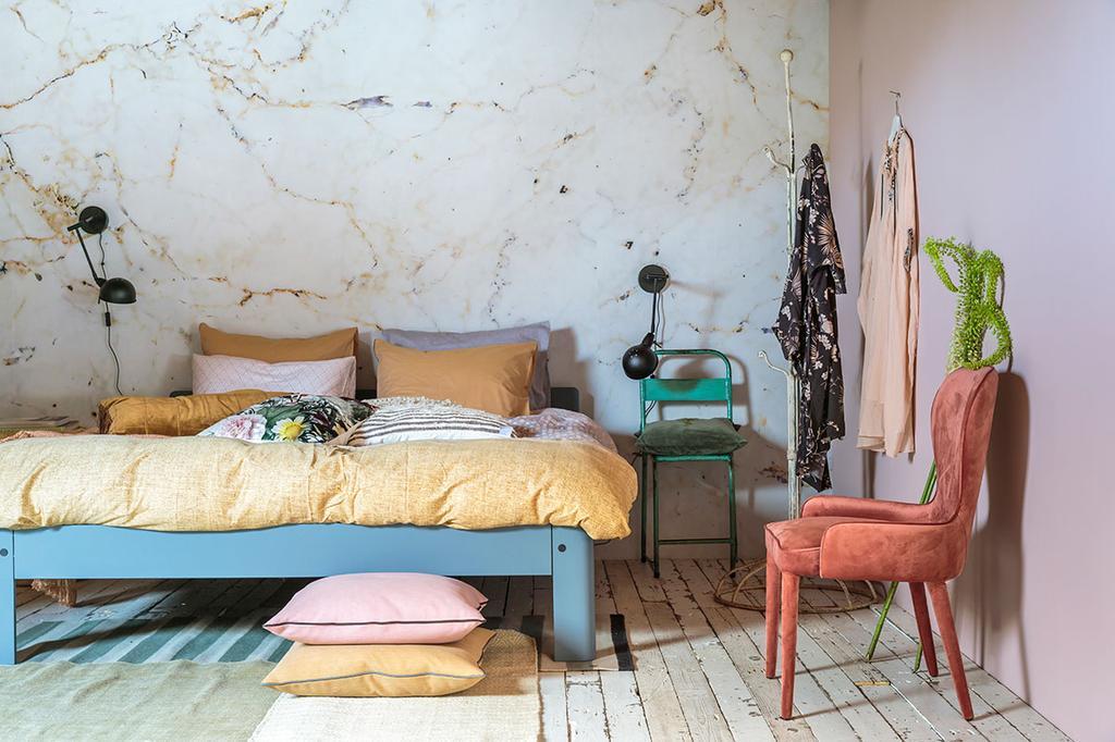 Droomslaapkamer van Marie met romantische bohemien touch en Auping bed