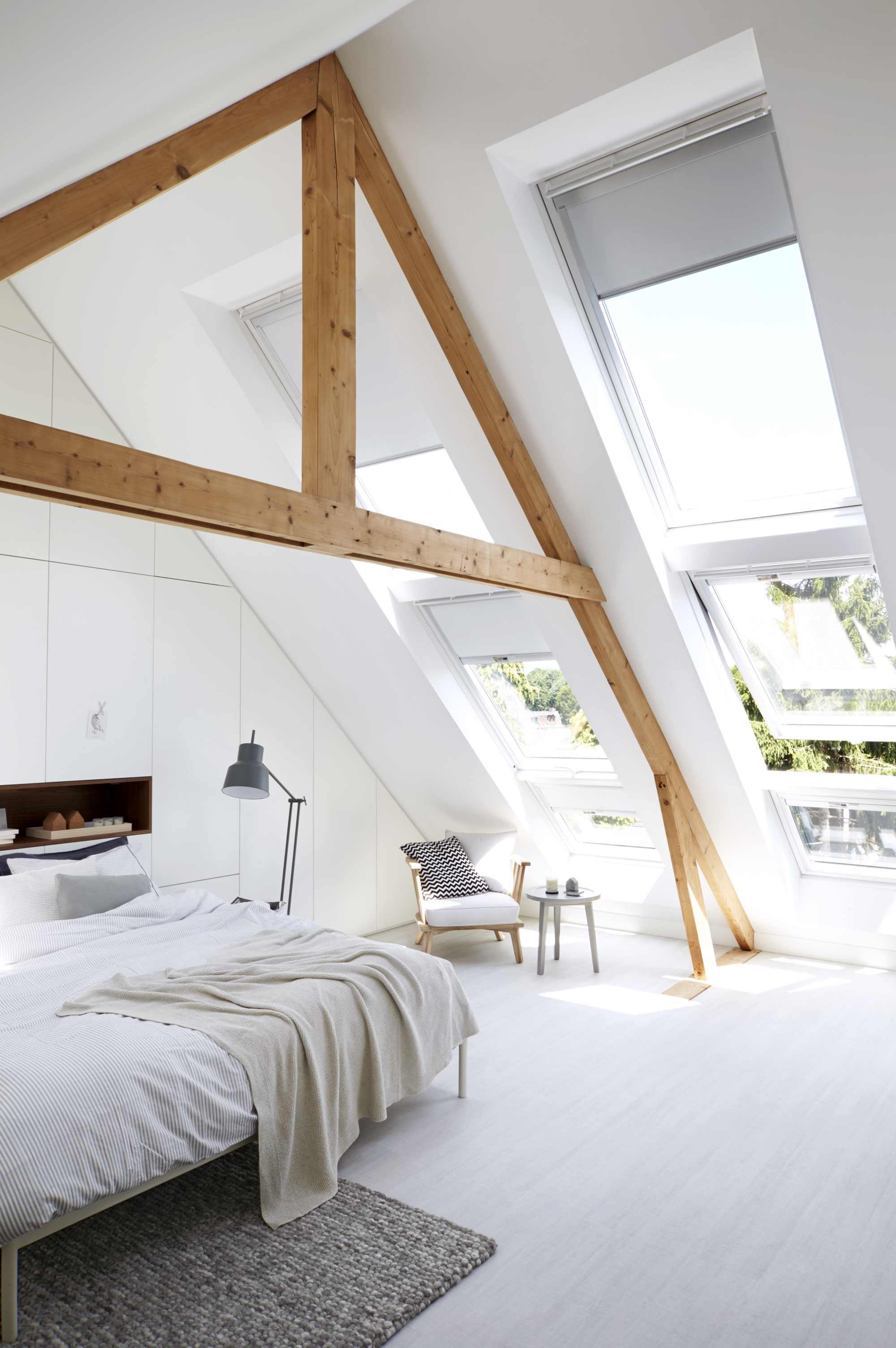 Dakvenster licht slaapkamer bed