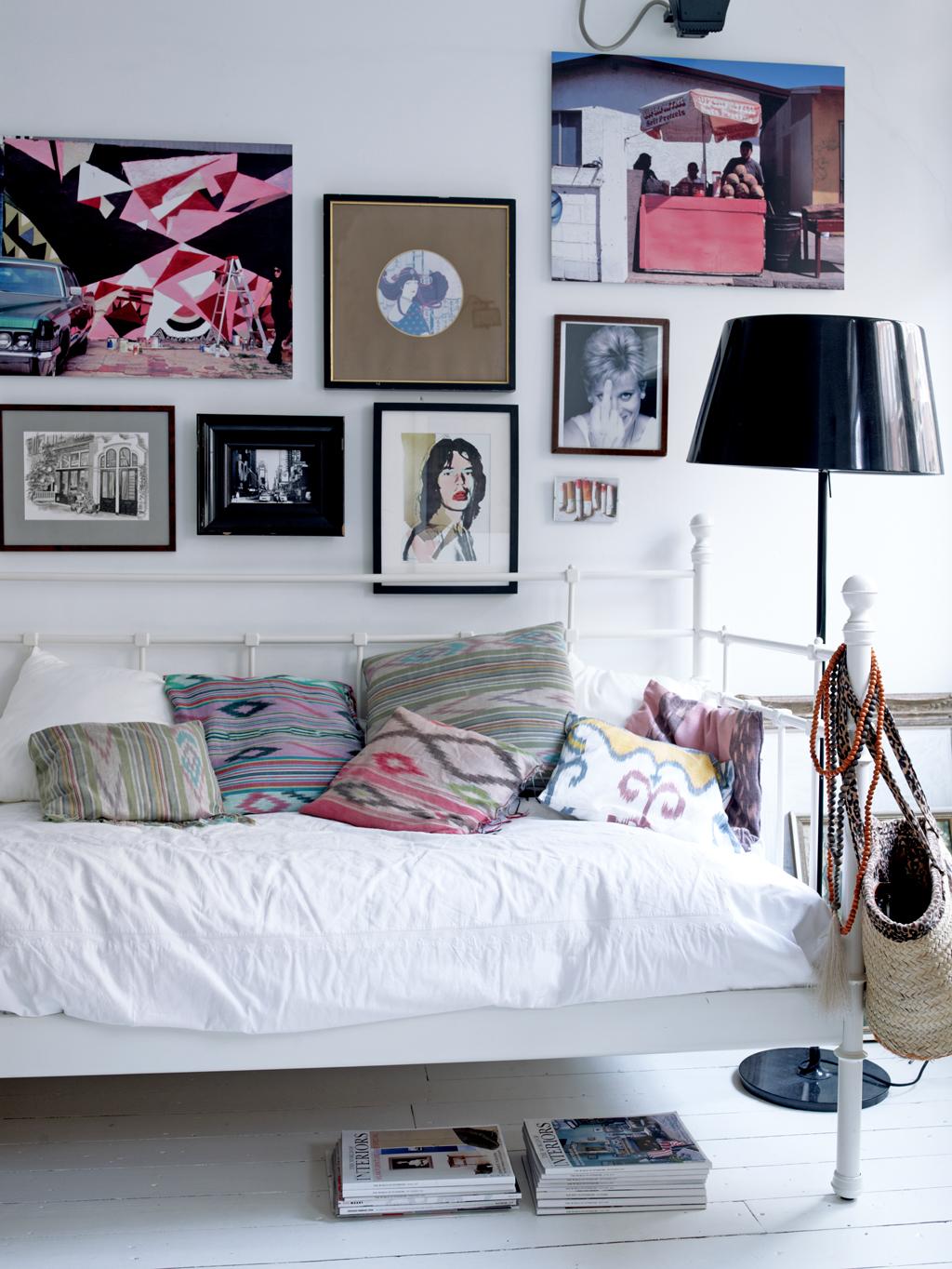 logeerkamer met bedbank