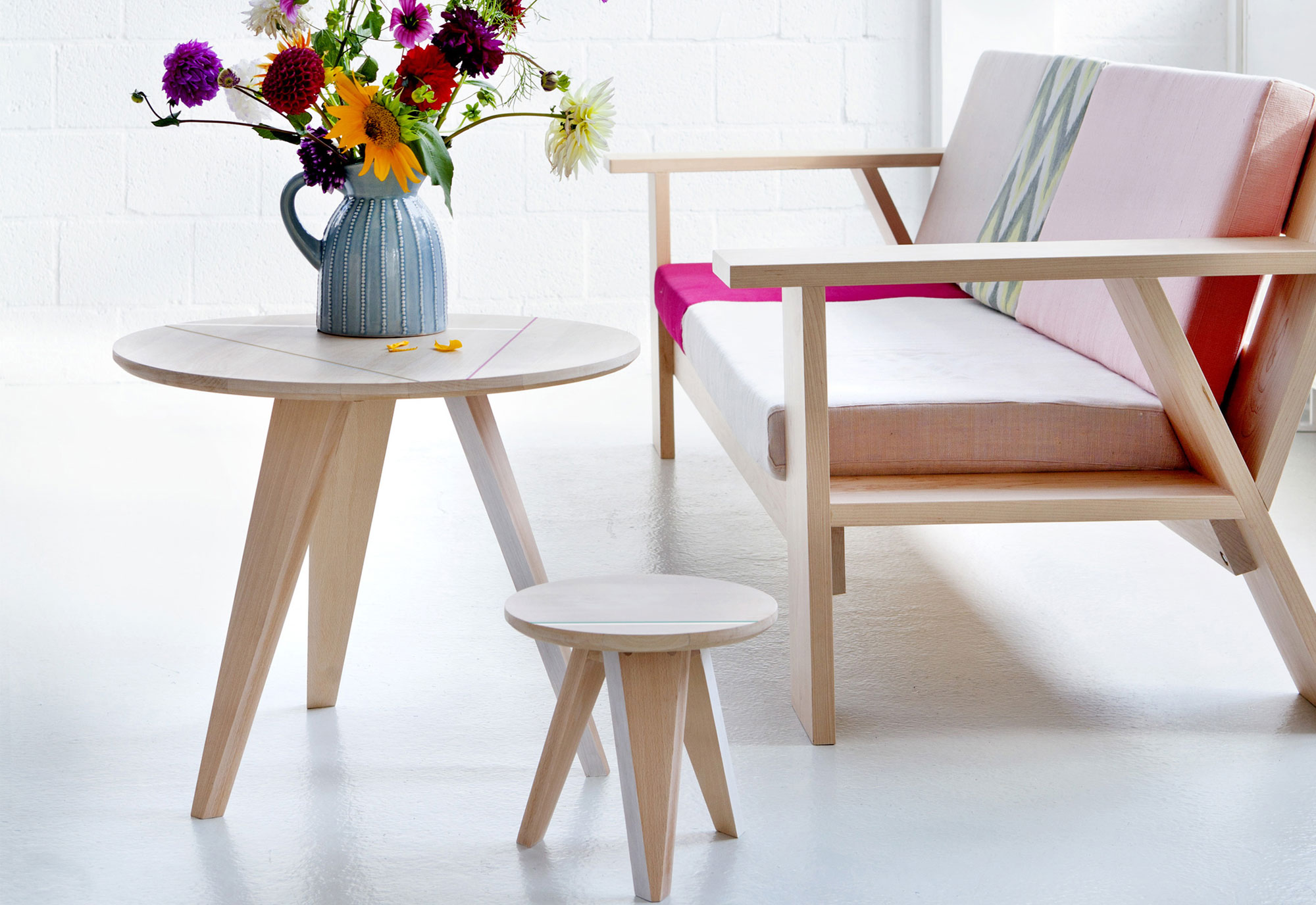 Stylen met ronde salontafels - Studio Roof
