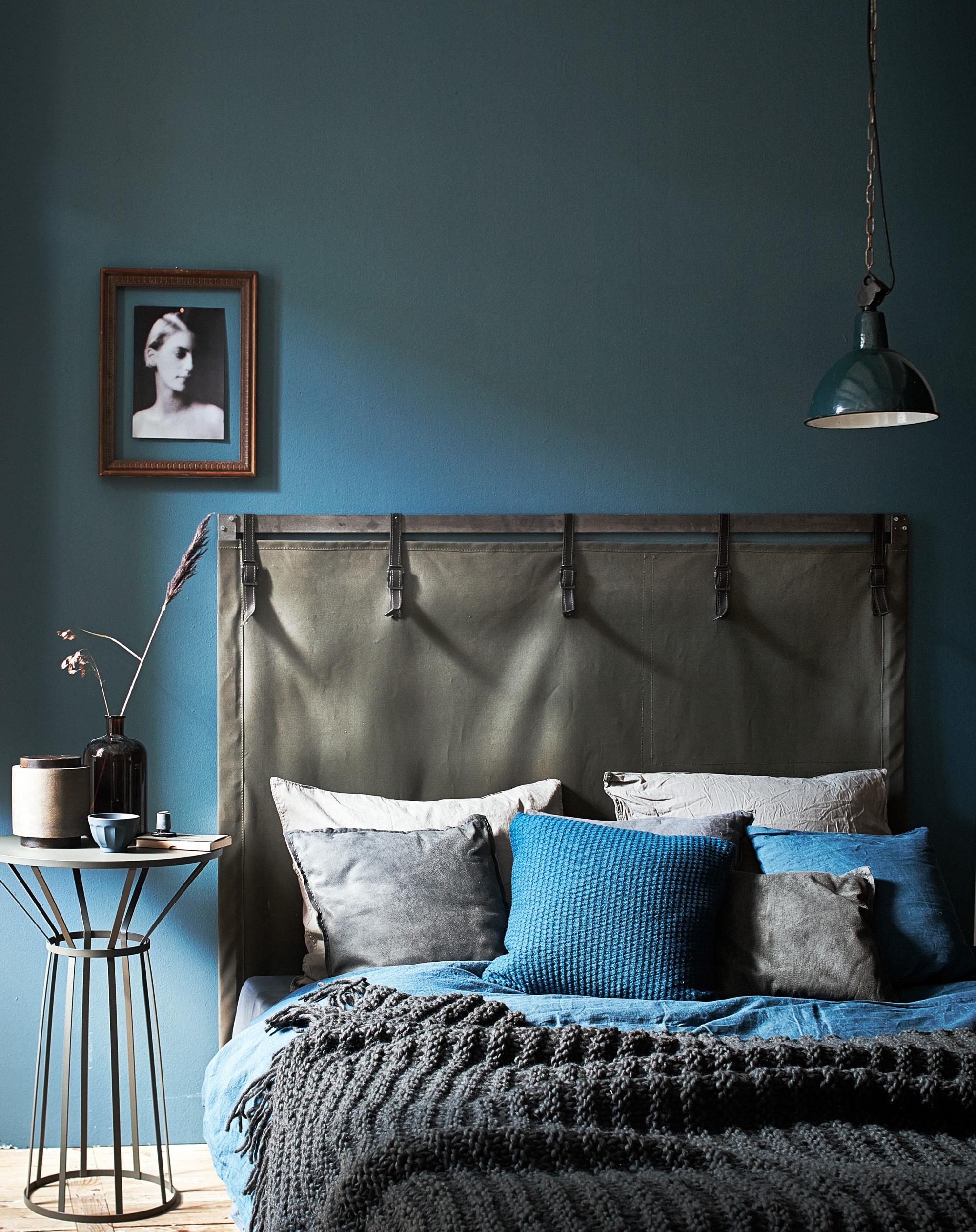 donkere muur slaapkamer