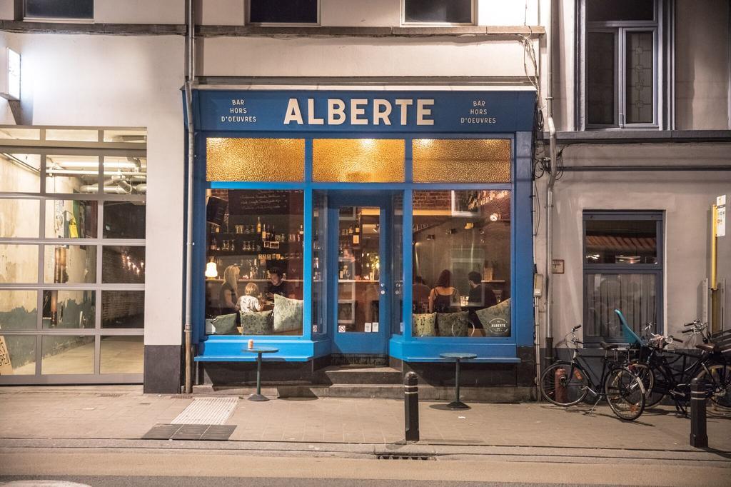 hotspot Alberte voorgevel