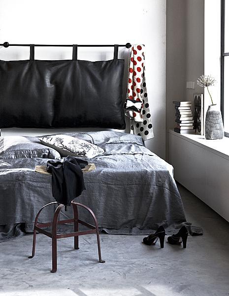 zwart bed dekbedovertrek
