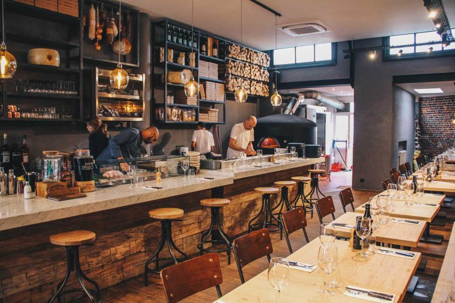 Bar dans Cocina a Bruxelles