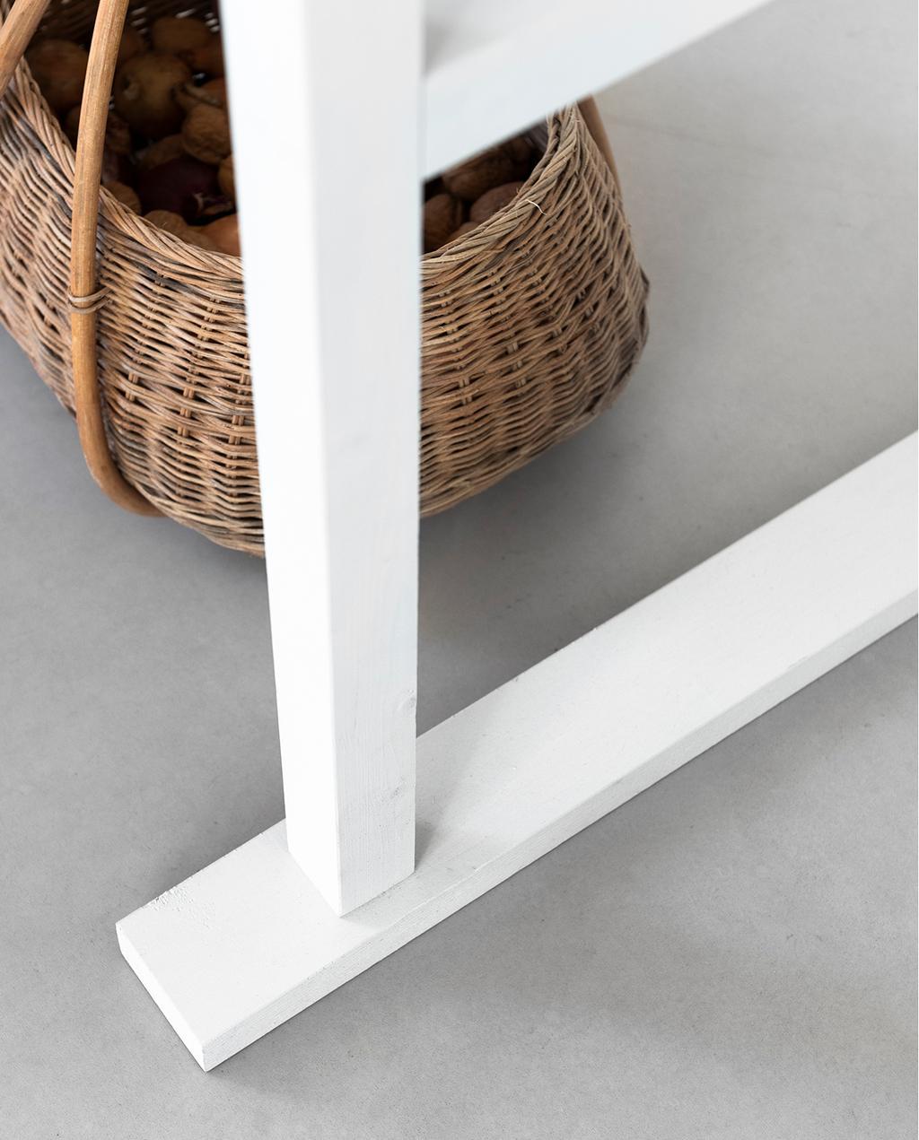 vtwonen 04-2020 | wit multi-inzetbaar meubel poten