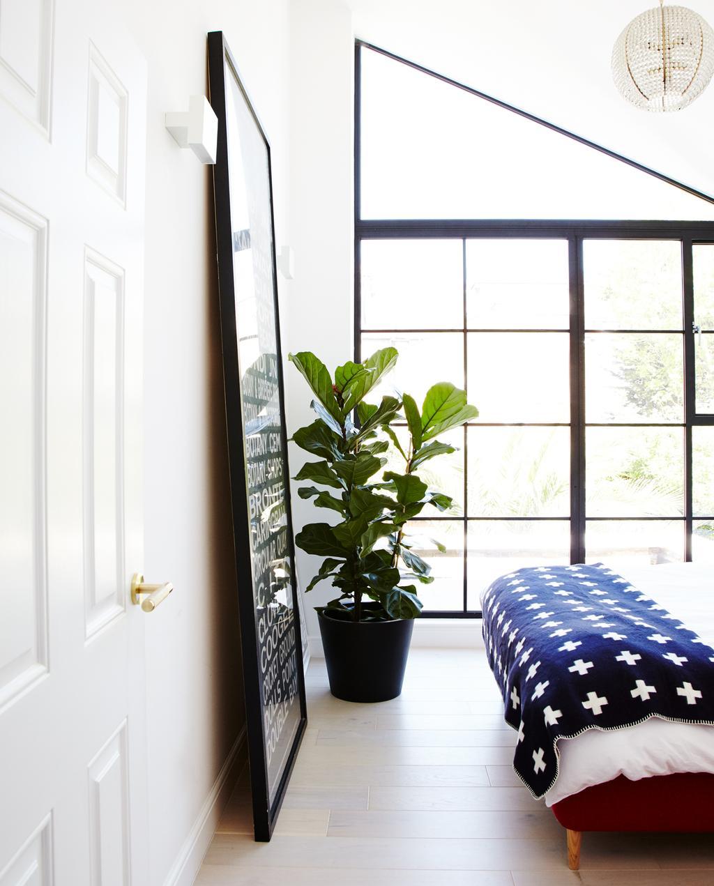 vtwonen 1-2020 | binnenkijken in een rijtjeshuis in Londen slaapkamer