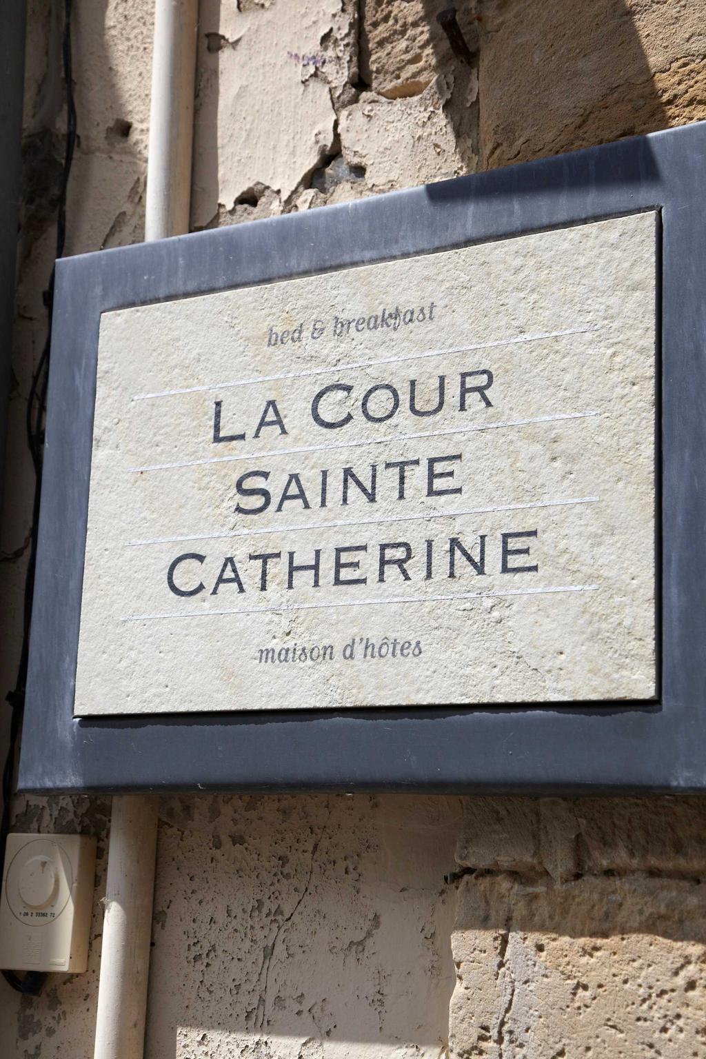 la cour sainte catherine logeren
