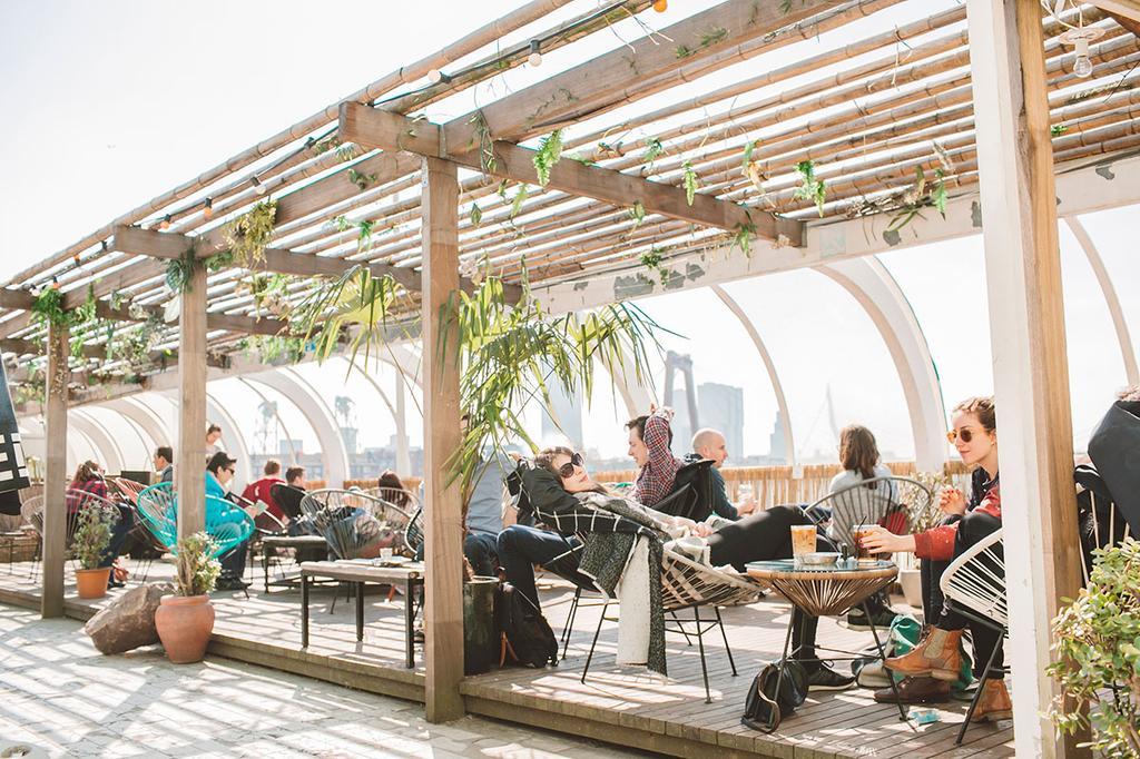 Op het dak, een nieuwe bar in Rotterdam