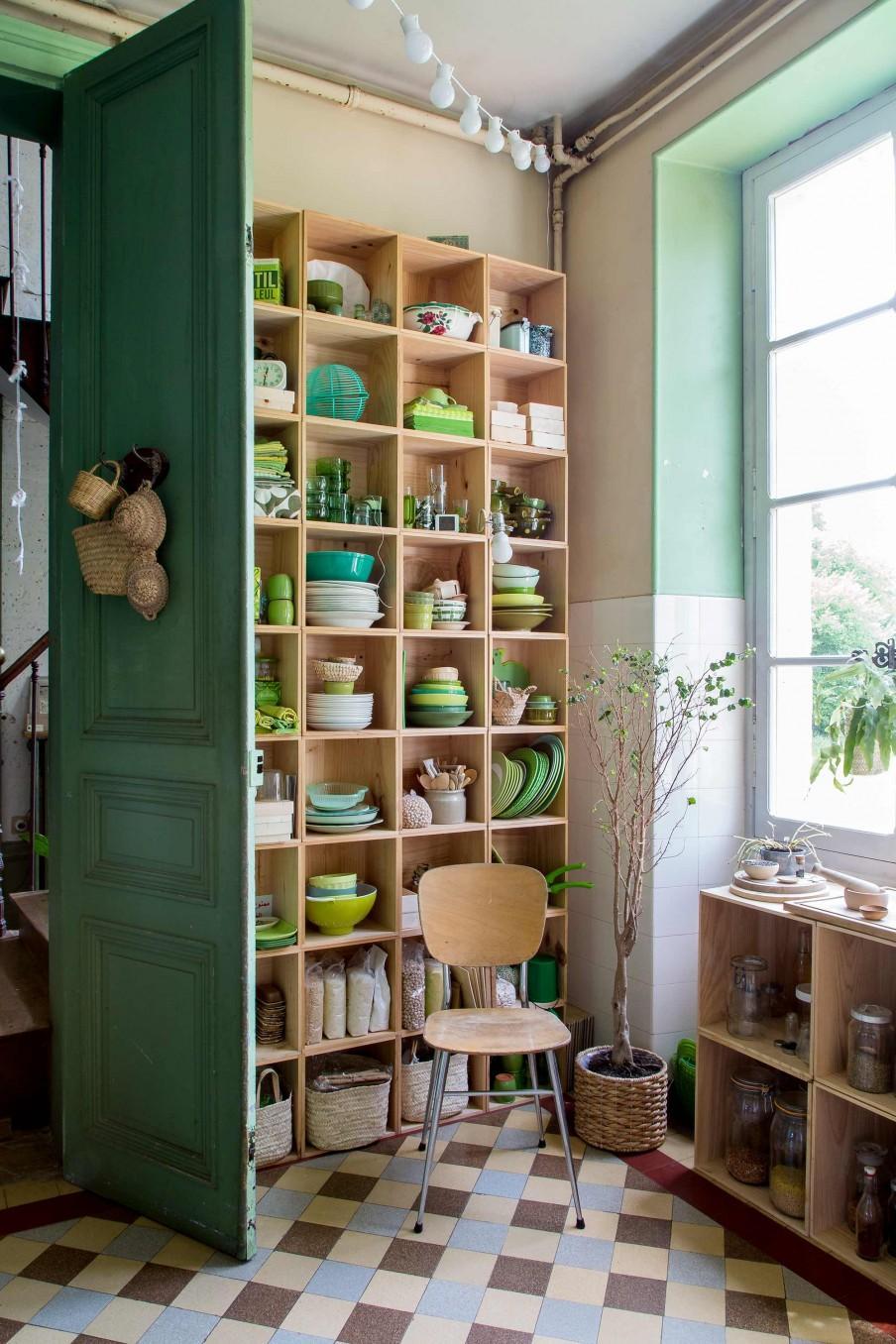 étagère vaisselle verte