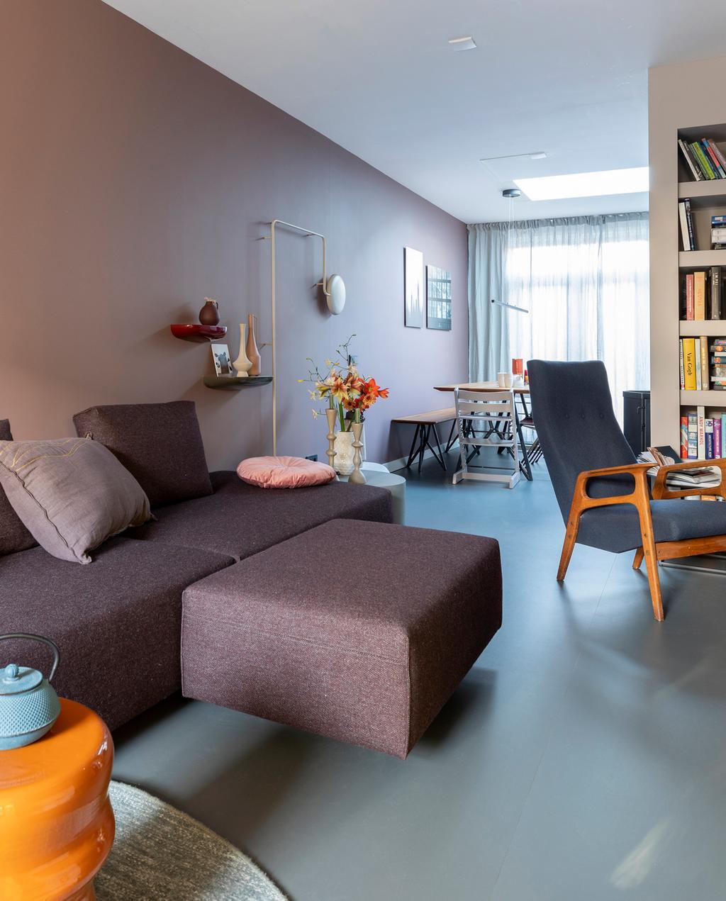 vtwonen weer verliefd op je huis | aflevering 11 seizoen 13 | stylist Fietje in Haarlem | L-vormige woonkamer inrichten