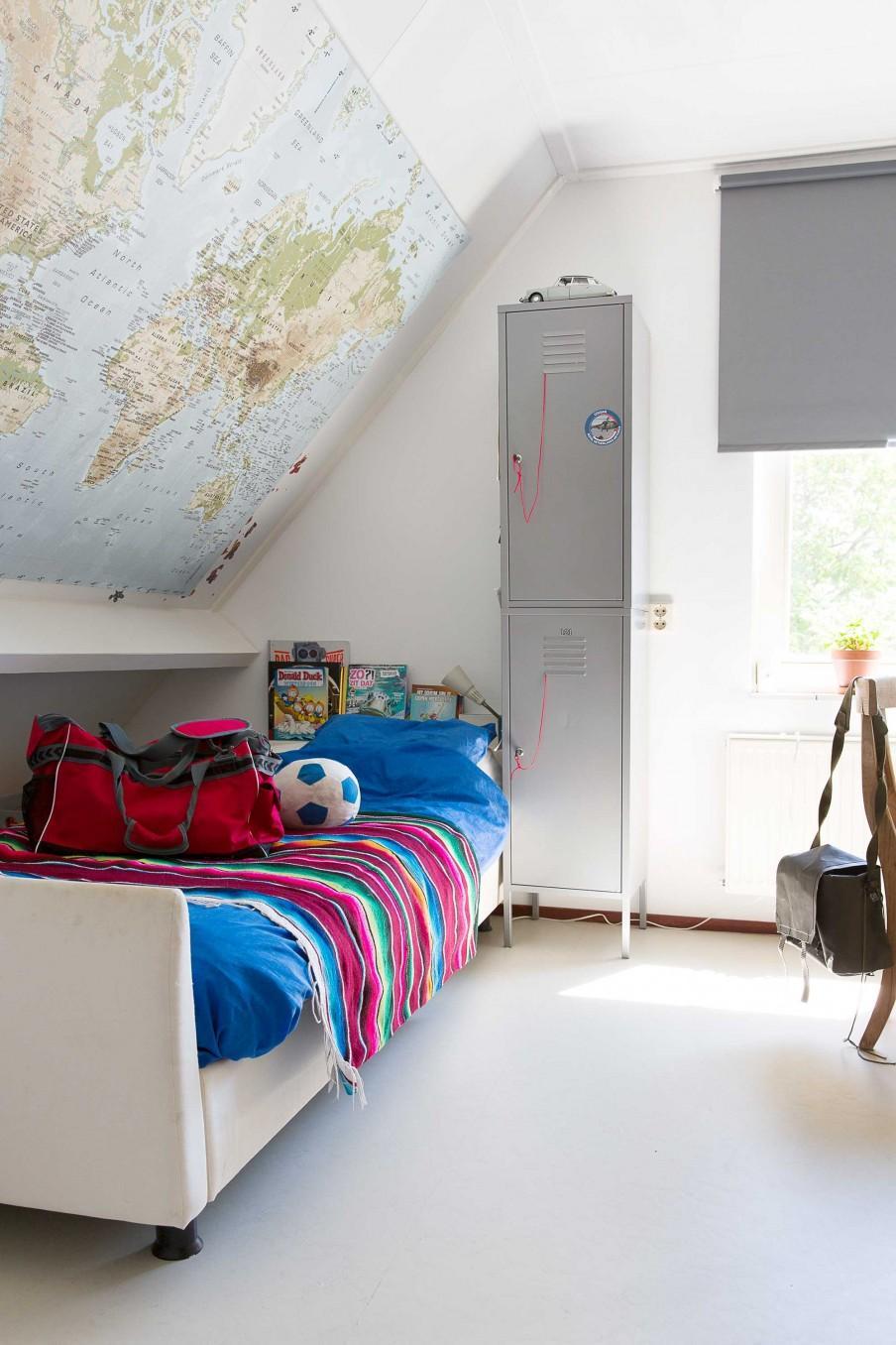 chambre ado carte du monde