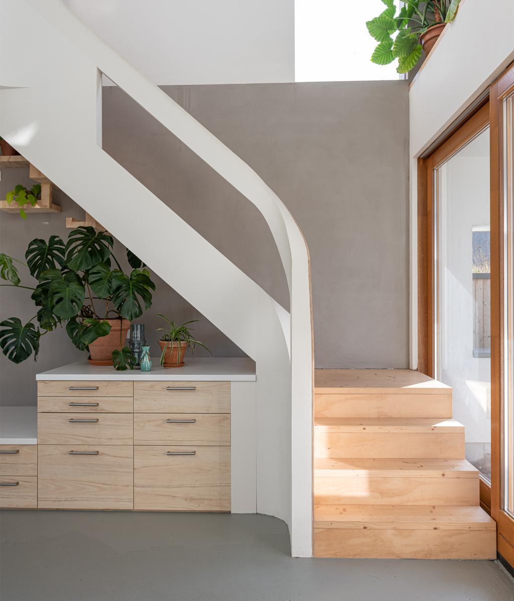 Basic interieur | Trap | vtwonen 01-2021