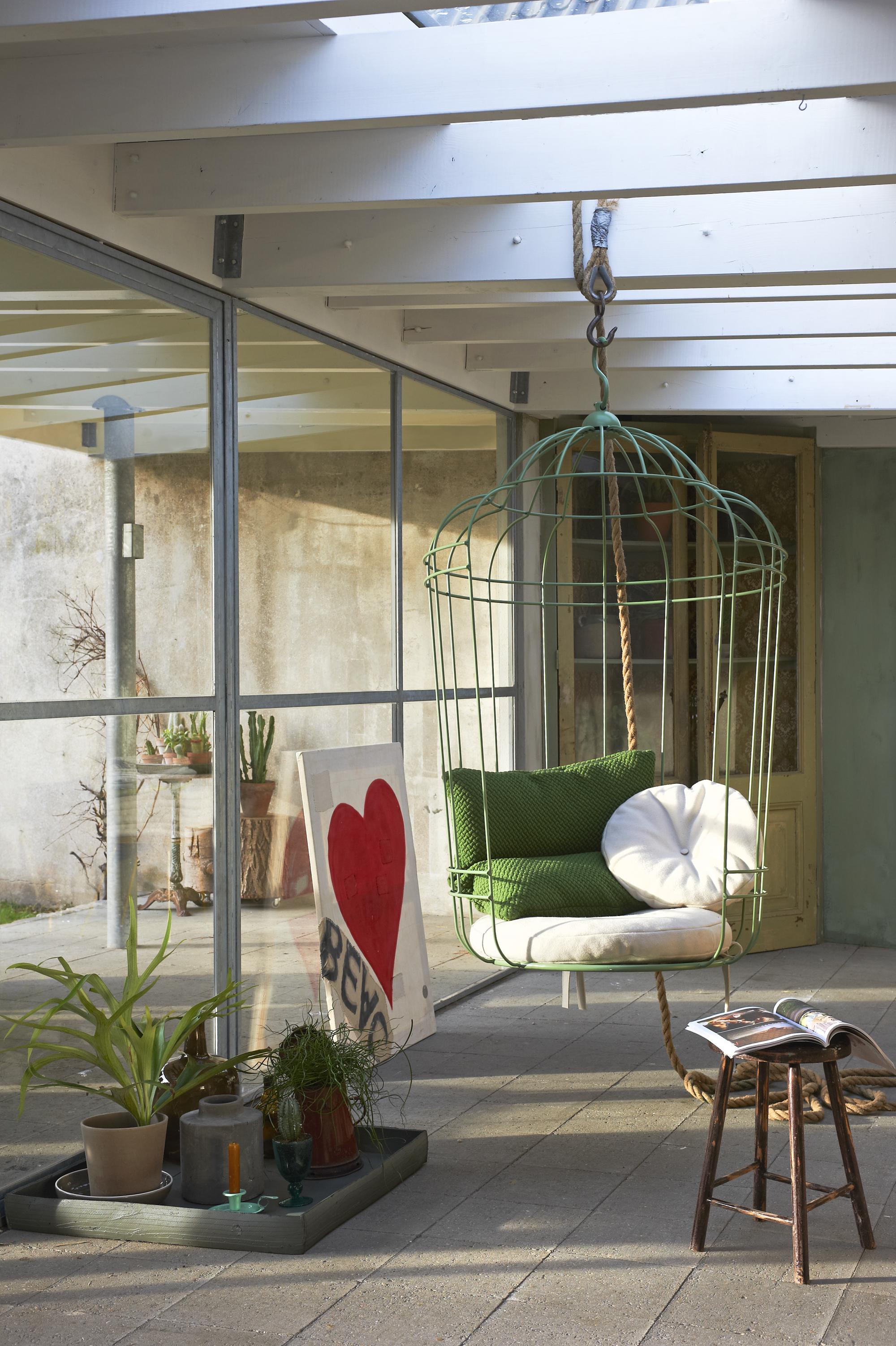 chaise suspendue cage