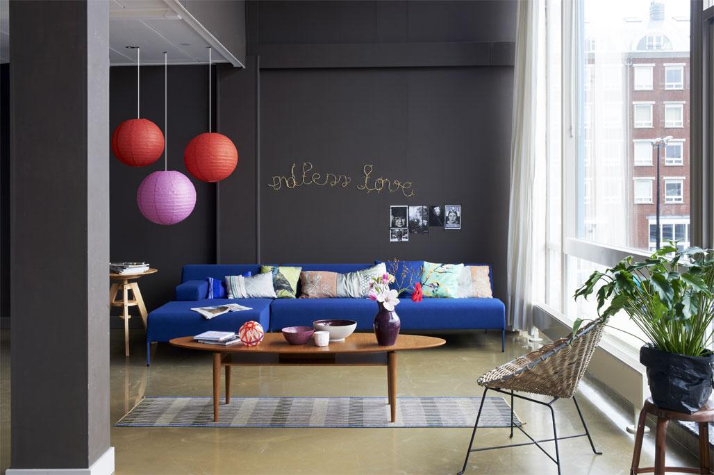 Blauwe Design Bank.Blauwe Bank In Design Woonkamer Vtwonen