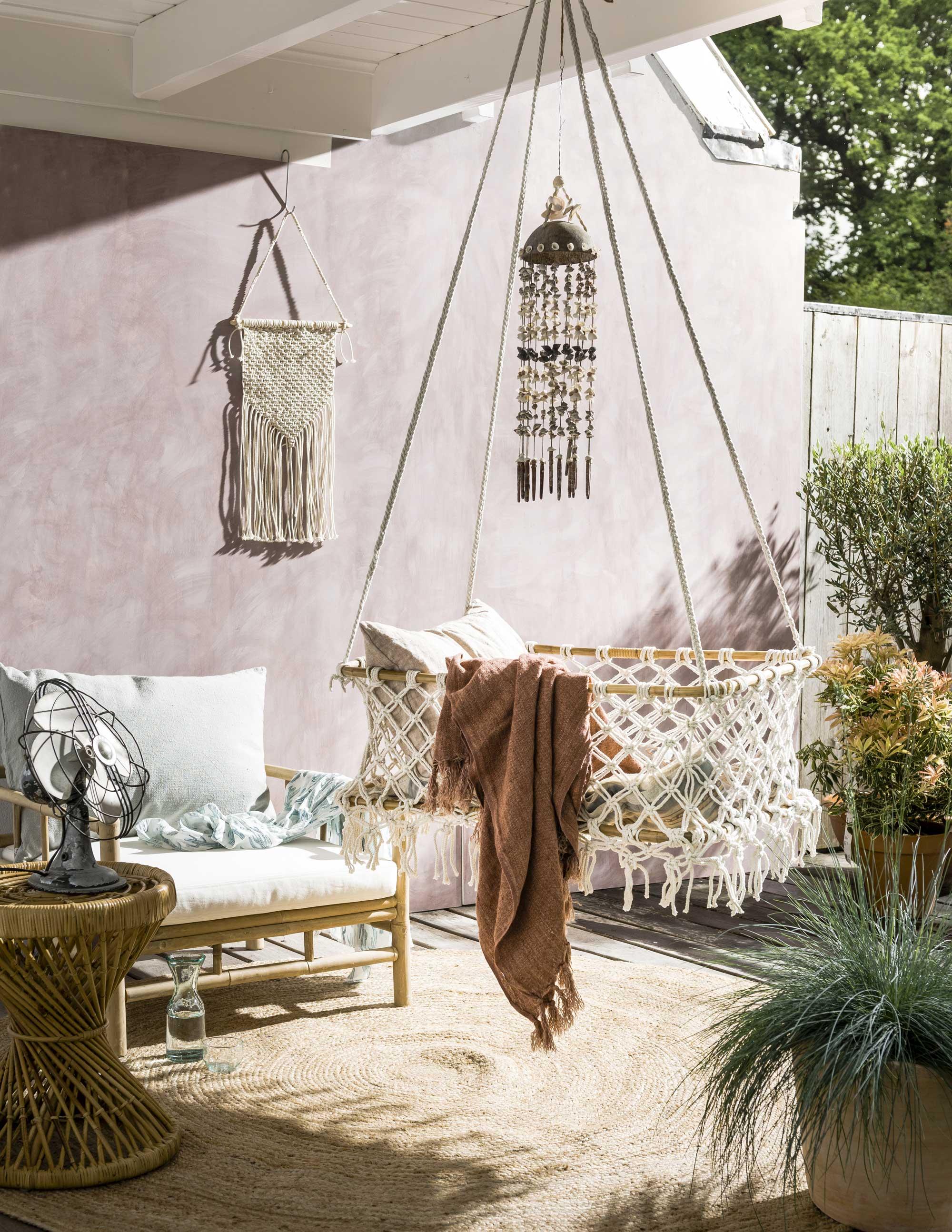 tuin romantisch wieg pastel