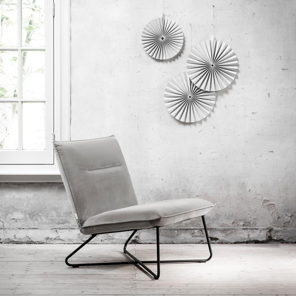 vtwonen feestkalender 2019   grijze fauteuil De Troubadour