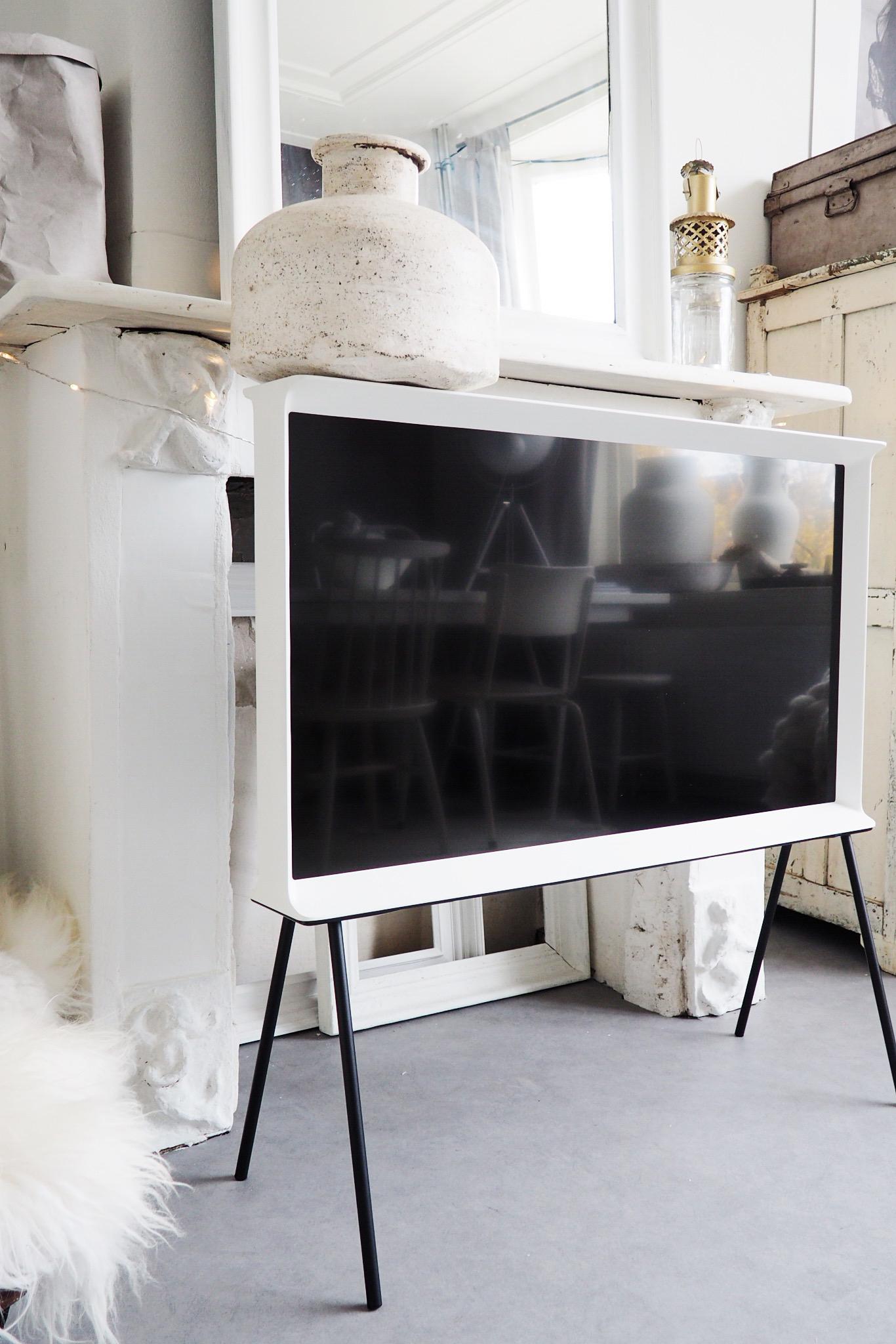 Enstijl test Samsung Serif TV