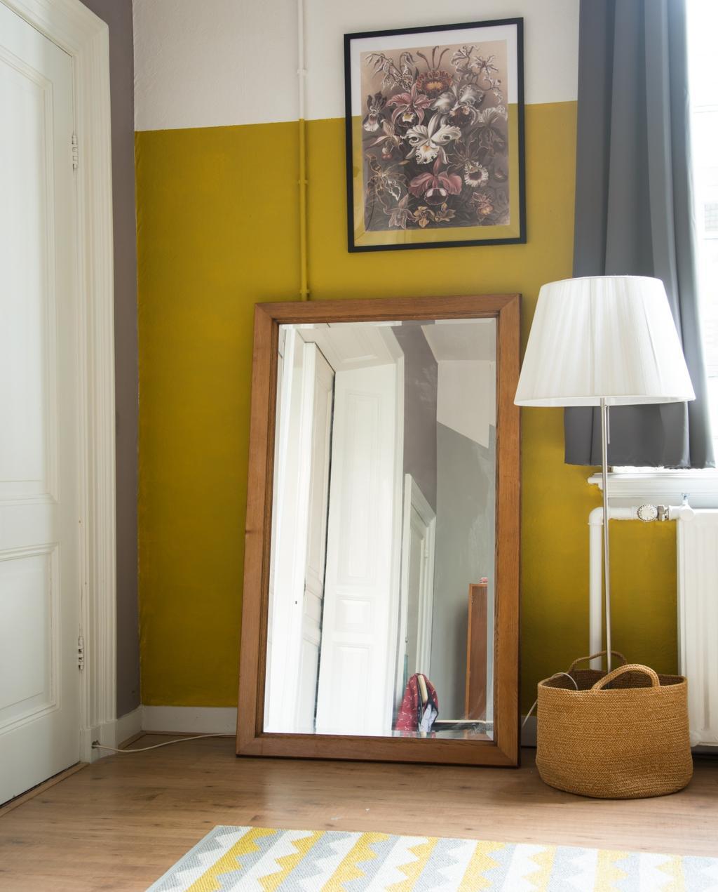 vtwonen 06-2020 | binnenkijken Nijmegen slaapkamer met staande spiegel