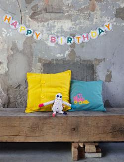 happy birthday-slinger