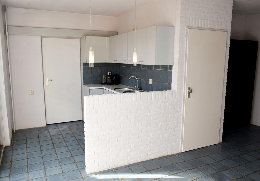 de-bestaande-keuken-toen-wij-het-huis-kochten