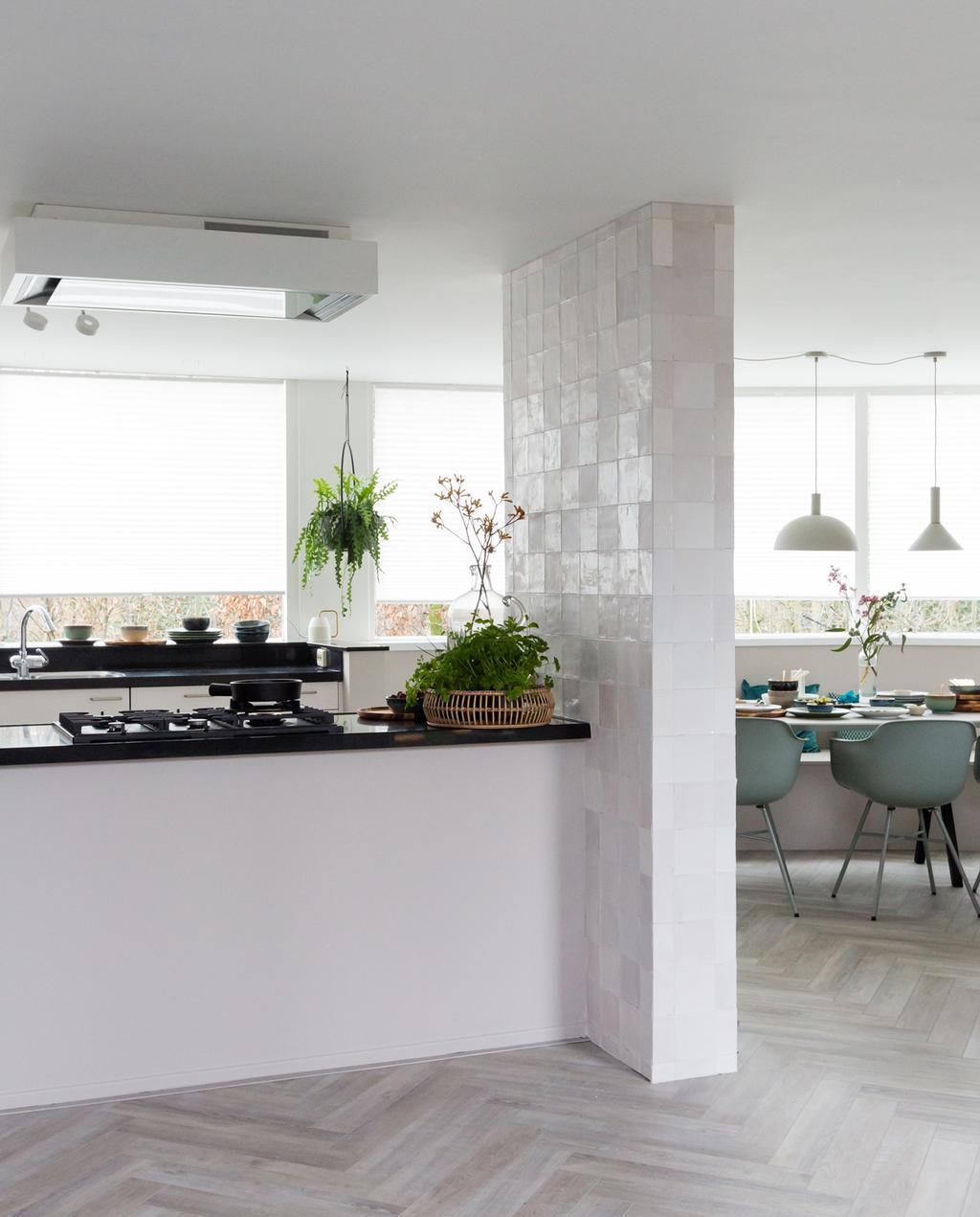 vtwonen weer verliefd op je huis | seizoen 12 aflevering 1 | Frans in Den Bosch keuken