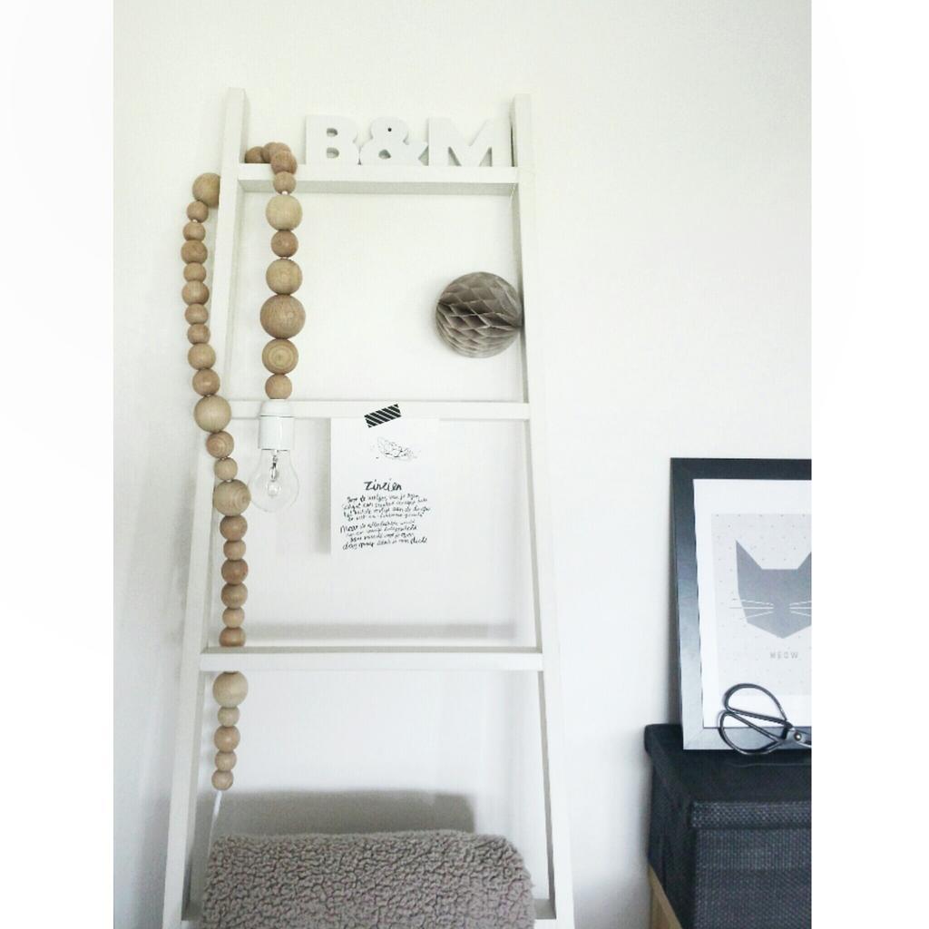 lamp met houten kralen