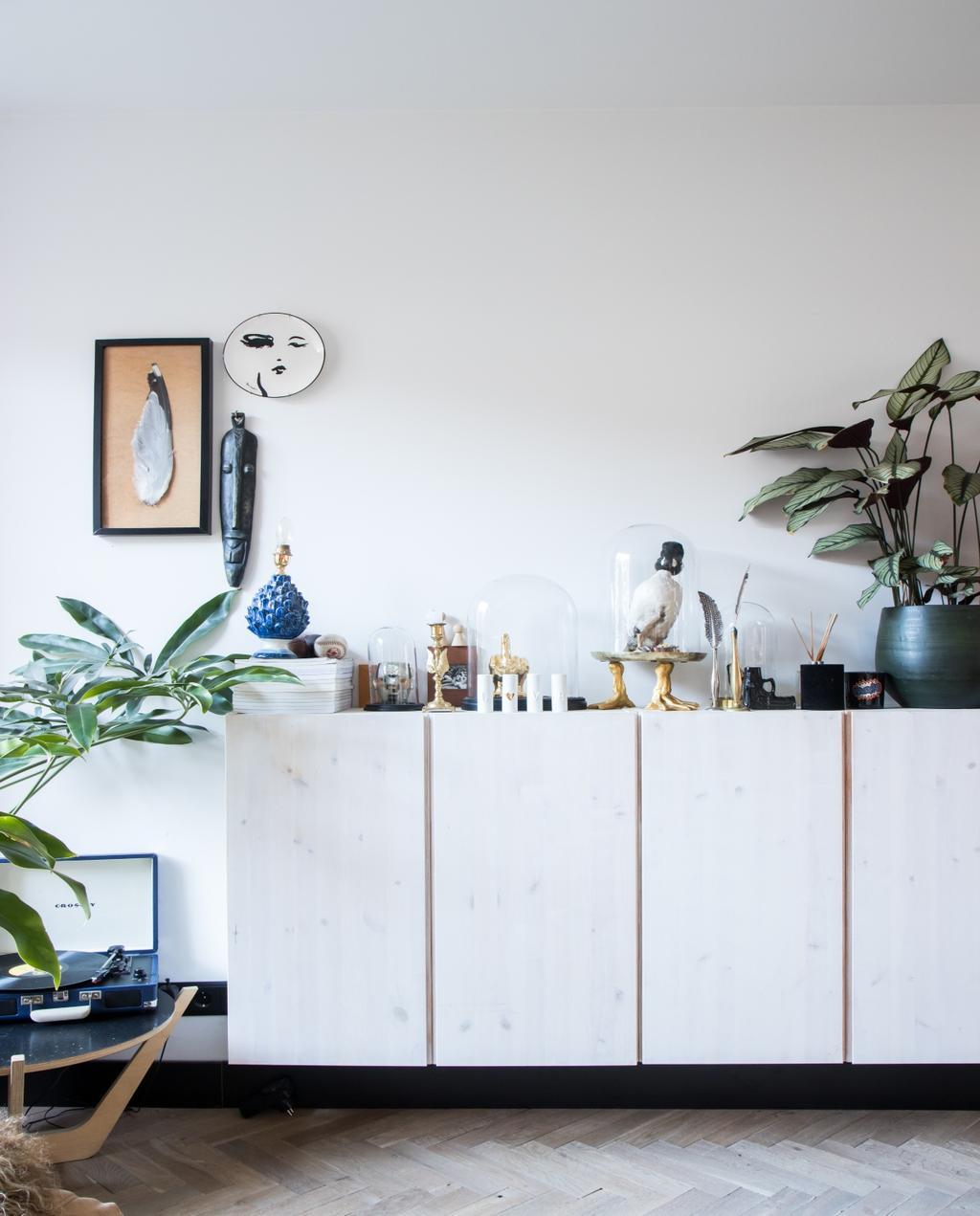 vtwonen 07-2020 | binnenkijken Zaandam Ikea kast