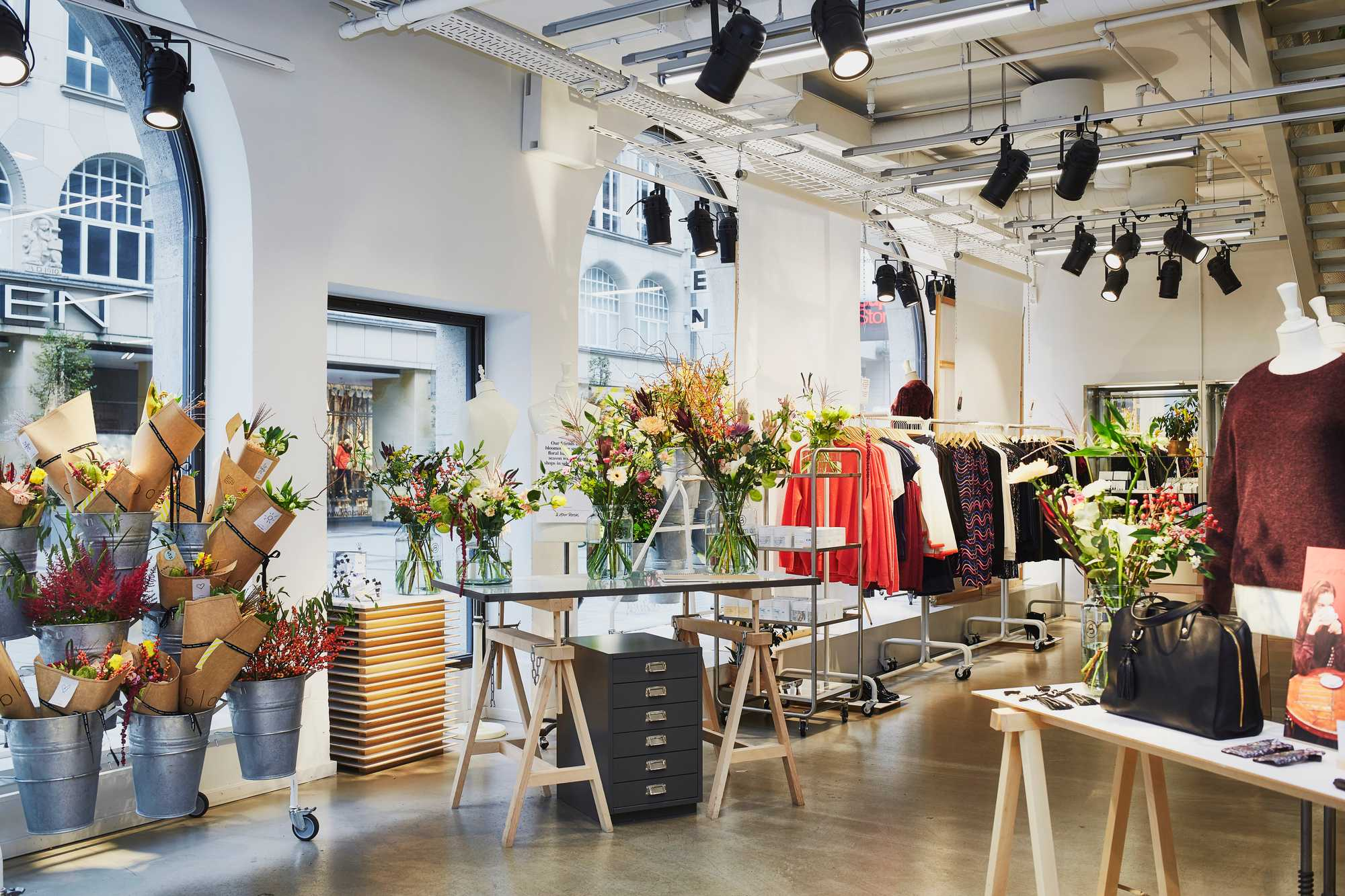 pop-up & other stories bloomon