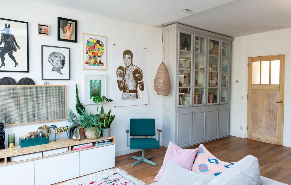 vtwonen 03-2020 | Binnenkijken tussenwoning Haarlem woonkamer