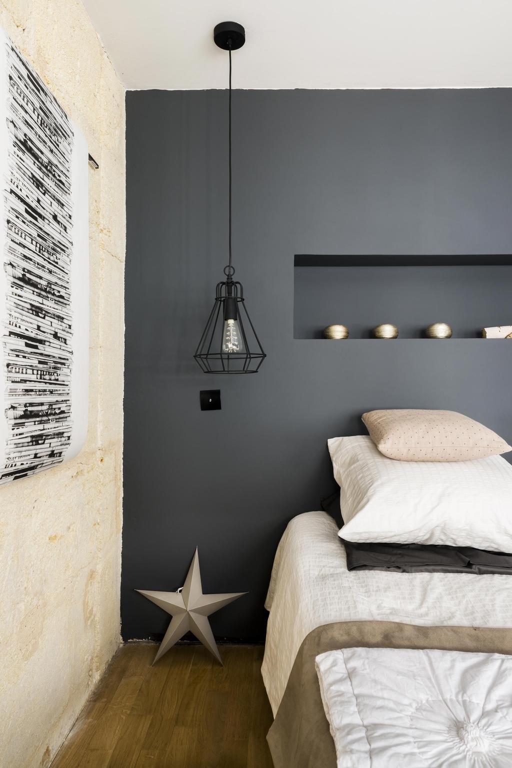 donkere slaapkamerwand