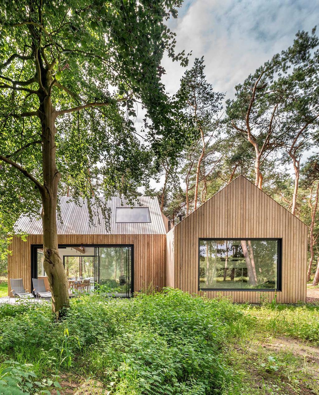 vtwonen special zomerboek 08-2020 | modern natuurhuis met hout
