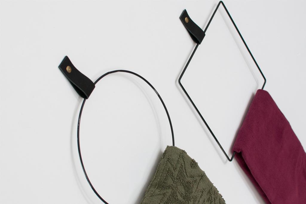 DIY over handdoekringen met leer van blogger Zolea