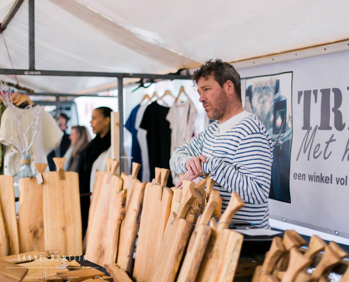 trend met hout Swan Market