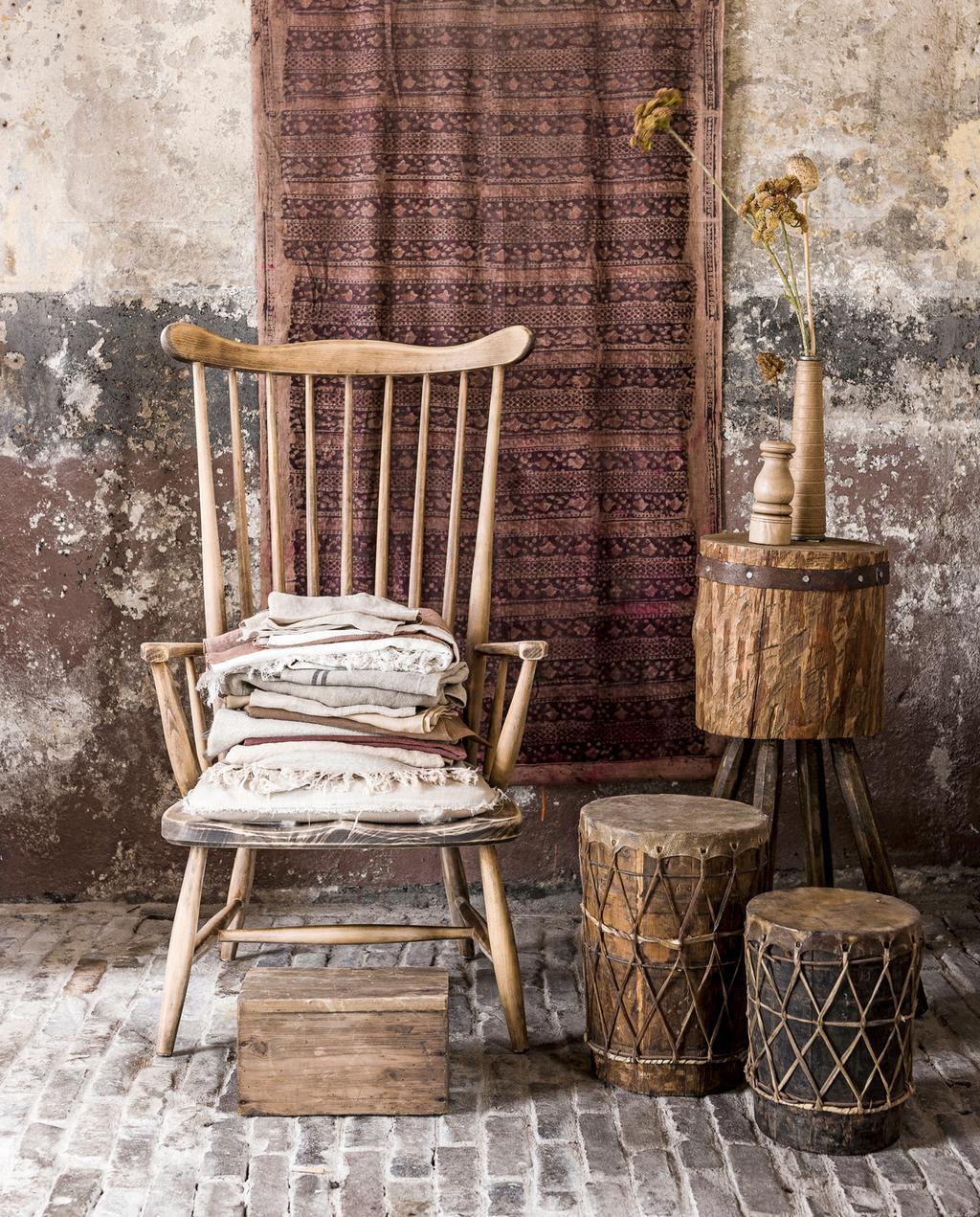 vtwonen   klein budget   houten stoel